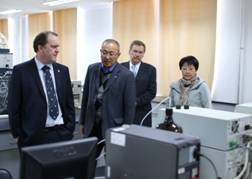 Canadian Professors Visited Hebei North University