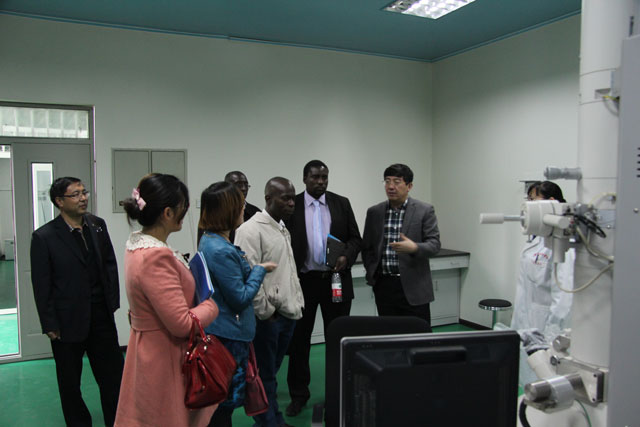 The Delegation from Namibia Visited Hebei North University